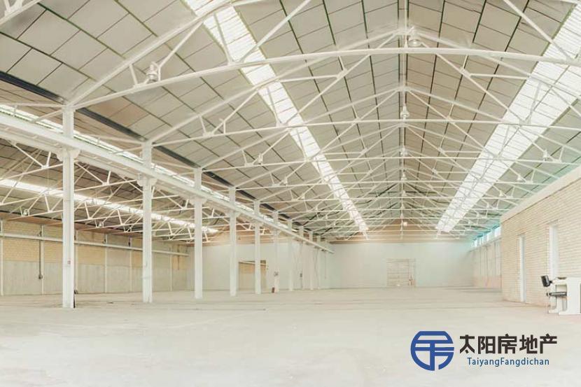 工业厂房群5200+1600+1000平方米和2层200+200平方米的办公楼