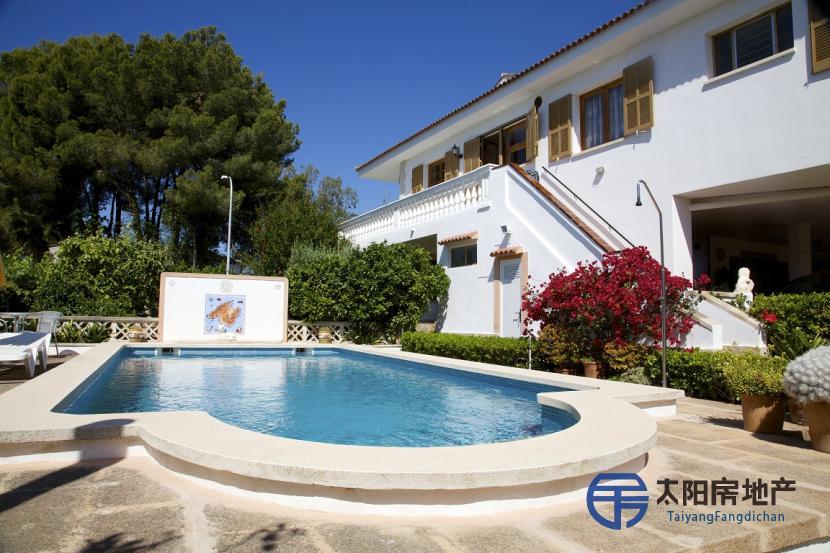 销售位于Calvia (巴利阿里省)的别墅