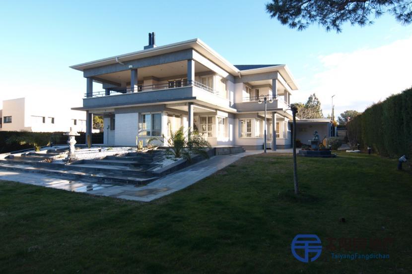 销售位于Lomas Del Gallego (萨拉戈萨省)市外的独立房子