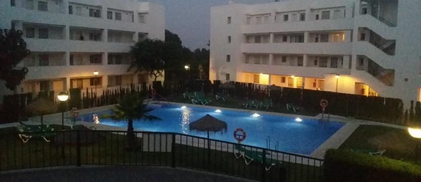 寬敞的公寓 300 米海灘