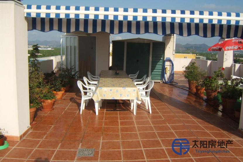 销售位于Canet D´En Berenguer (瓦伦西亚省)市外的阁楼
