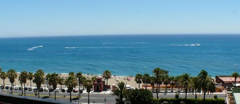 距离海滩50米的单间公寓