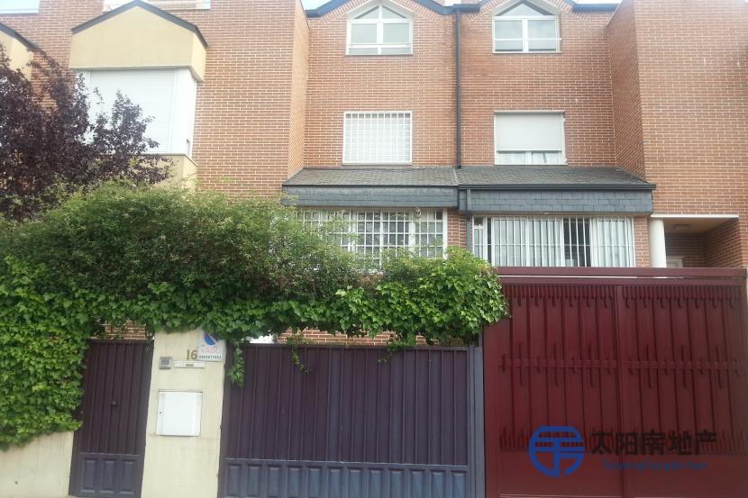销售位于Madrid (马德里省)的别墅