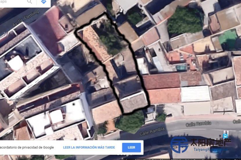 terreno para edificar locales comerciales y tres plantas de viviendas