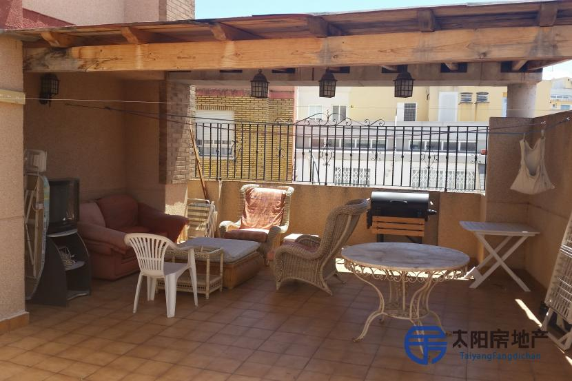 销售位于Aldaia (瓦伦西亚省)市中心的公寓
