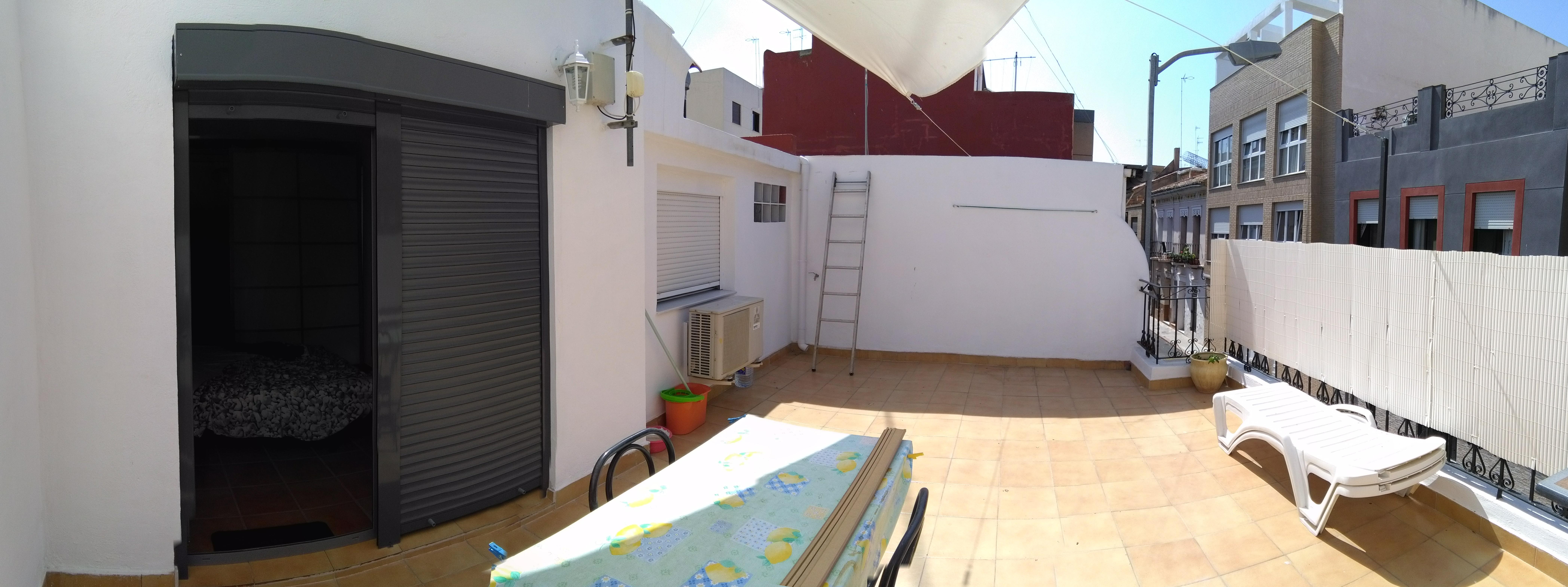 销售位于Puerto De Sagunto (瓦伦西亚省)市中心的独立房子