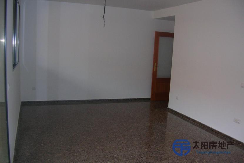 销售位于Alginet (瓦伦西亚省)市中心的阁楼