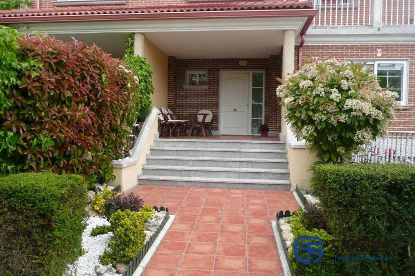 销售位于Arroyo De La Encomienda (瓦利亚多利德省)市外的别墅