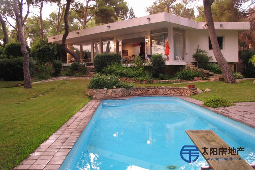 销售位于Roda De Bara (塔拉戈纳省)的非家庭用房