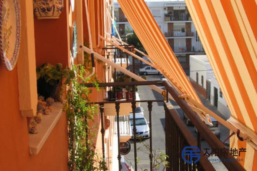 销售位于Isla Cristina (韦尔瓦省)市中心的公寓