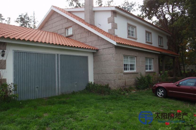 销售位于Borela (San Martiño) (庞特韦德拉省)市外的别墅