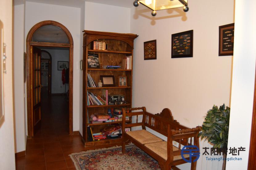 出售位于Andujar (哈恩省)市外的郊外别墅