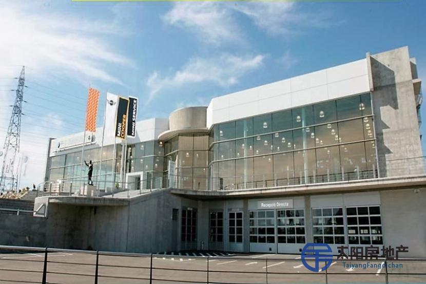销售位于Tarragona的工业厂房