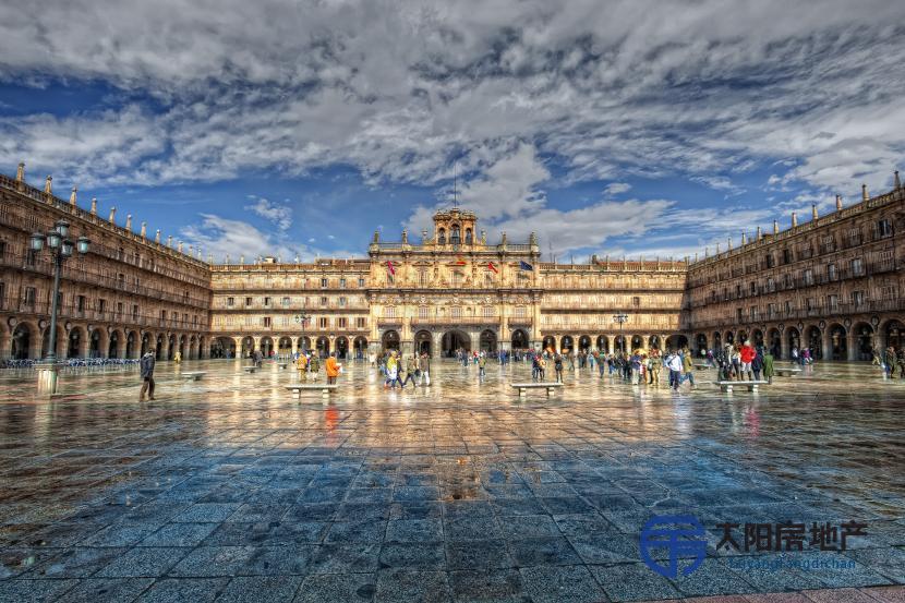 销售位于Salamanca (萨拉曼卡省)市中心的公寓