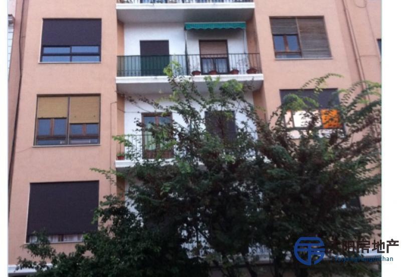 销售位于Murcia (...