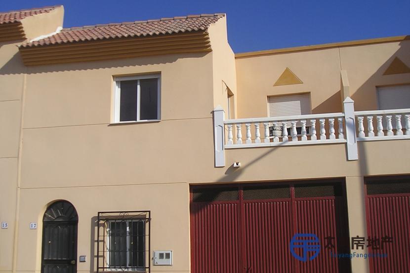 销售位于San Isidro De Nijar (阿尔梅里亚省)的独立房子