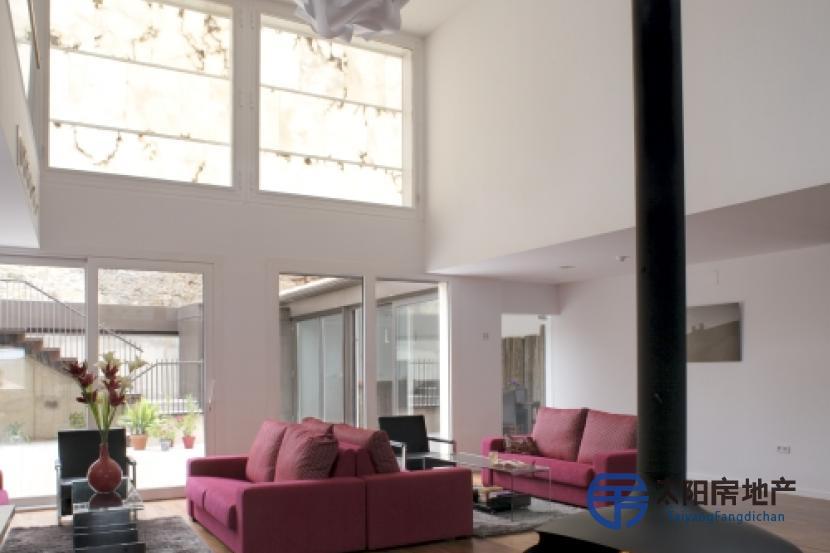 出售位于西贡萨的酒店(G...
