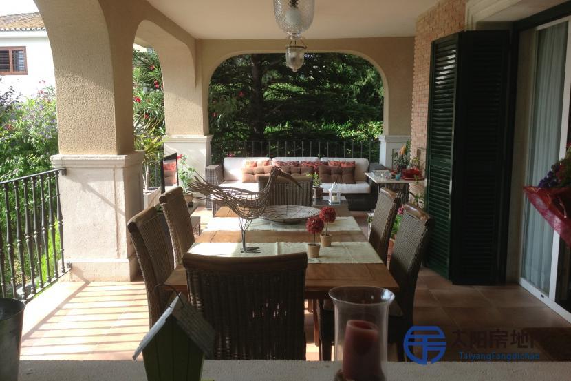 销售位于El Vedat De Torrente (瓦伦西亚省)的别墅