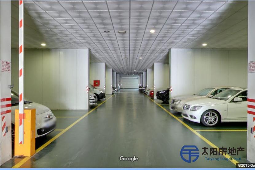 Parking Aeropuerto de Málaga con instalaciones de lujo para coches alta gama