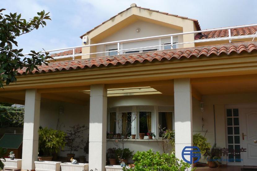 销售位于Villar Del Olmo (马德里省)市外的别墅