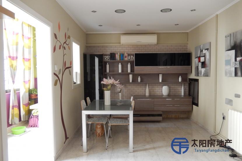 销售位于Badalona (巴塞罗那省)的单身公寓