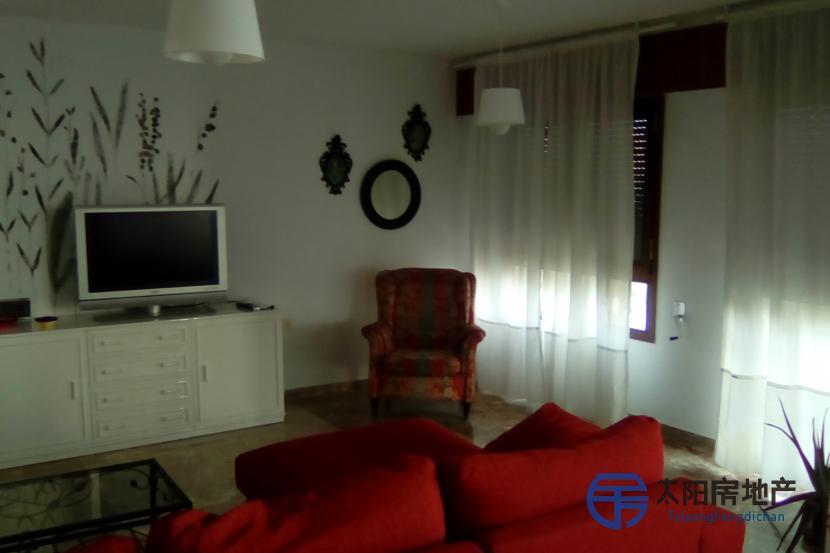 销售位于Alicante(阿里坎特省)市中心的公寓