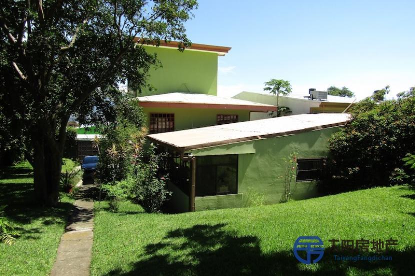 销售位于Escazu (San José)市中心的大楼