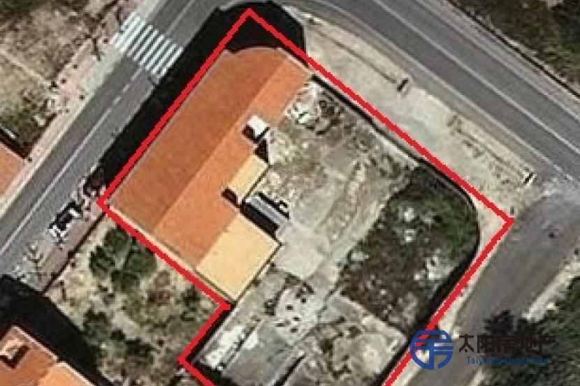 出售1480平方米的建筑...