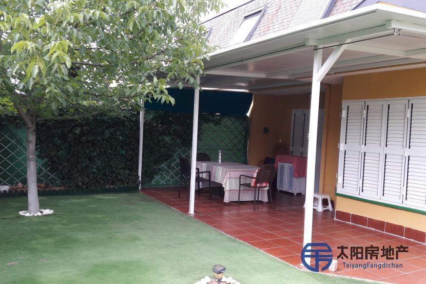 销售位于Aranjuez (马德里省)市外的别墅
