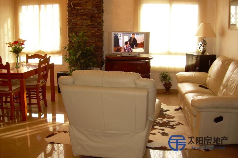 销售位于El Campello (阿里坎特省)市中心的公寓