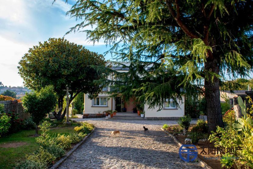 销售位于Vilagarcia De Arousa (庞特韦德拉省)市外的独立房子