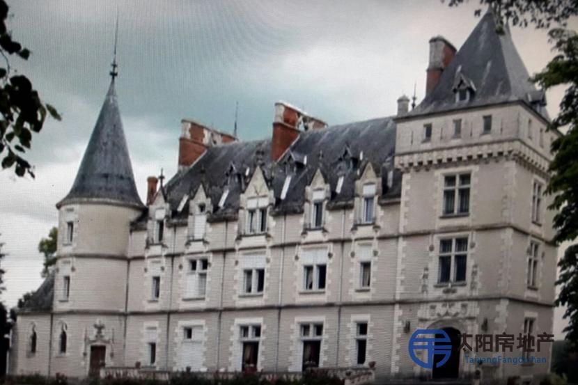 出售一座十八世纪的城堡