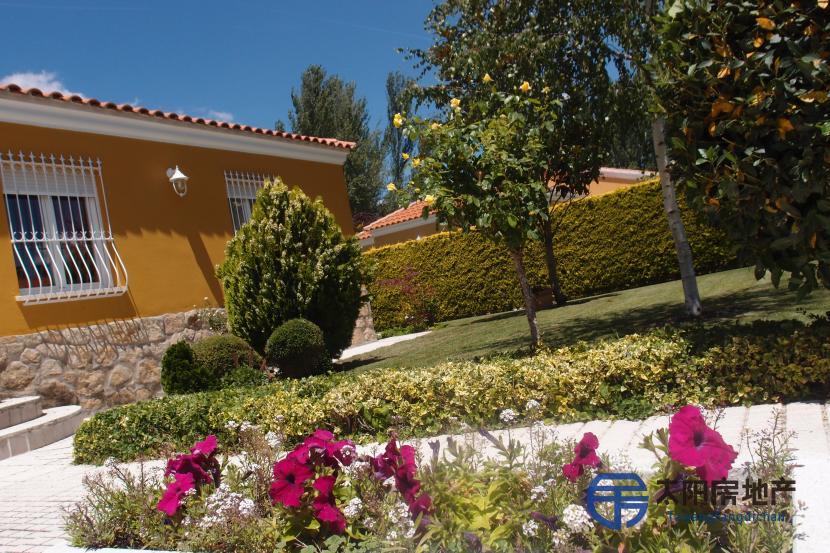 出售位于Villamayor (萨拉曼卡省)的别墅