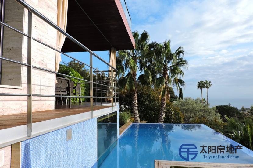 出售位于Premia De Dalt (巴塞罗那省)的郊外别墅