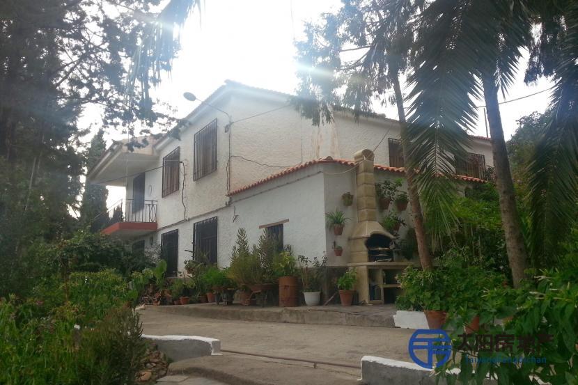 出售位于Bayacas (格林纳达省)的独立房子