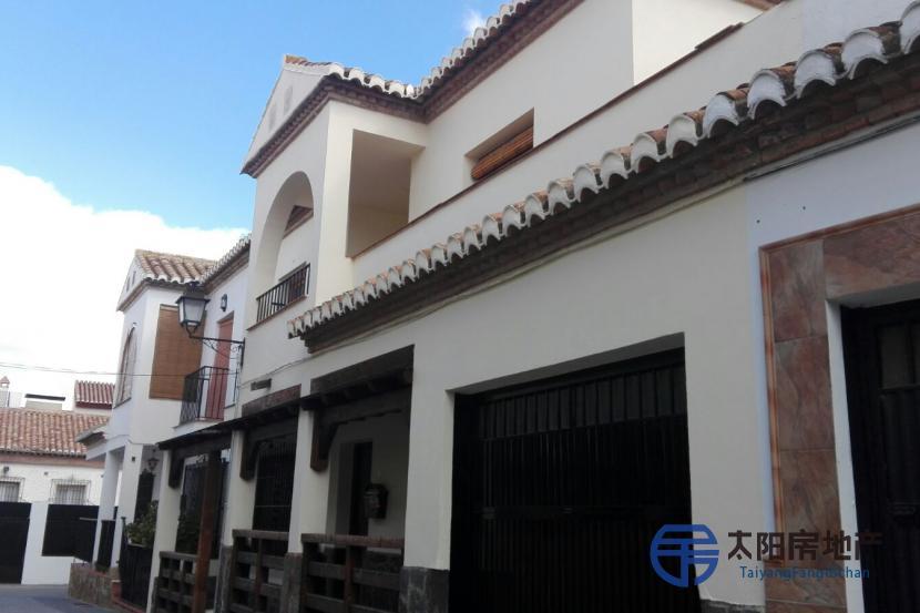 销售位于La Zubia (格林纳达省)市外的非家庭用房