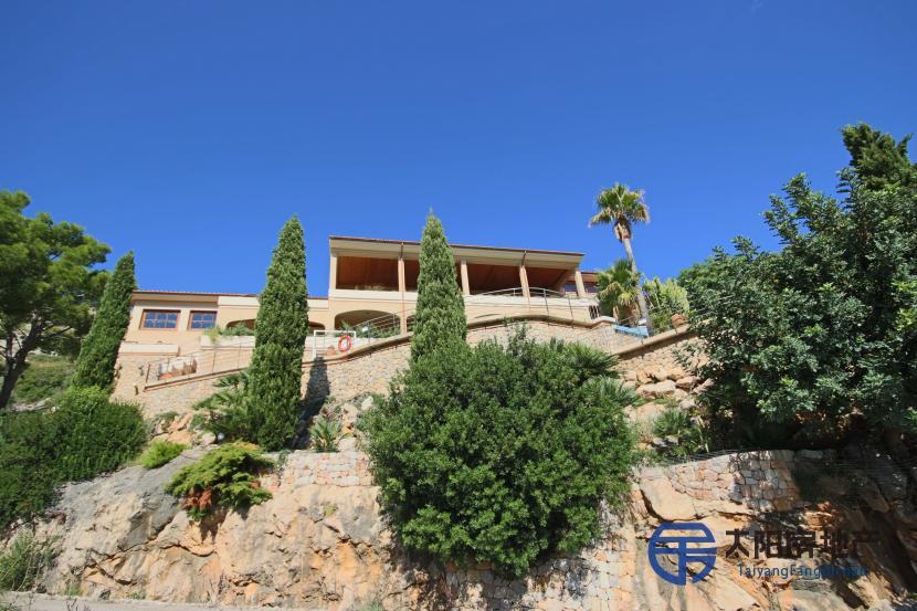 出售位于Port De Pollença (巴利阿里省)市外的郊外别墅