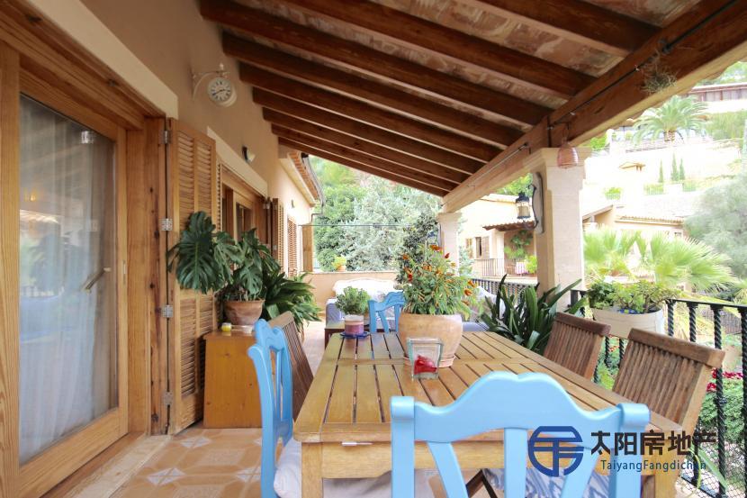 出售位于Palma De Mallorca (巴利阿里省)市外的别墅