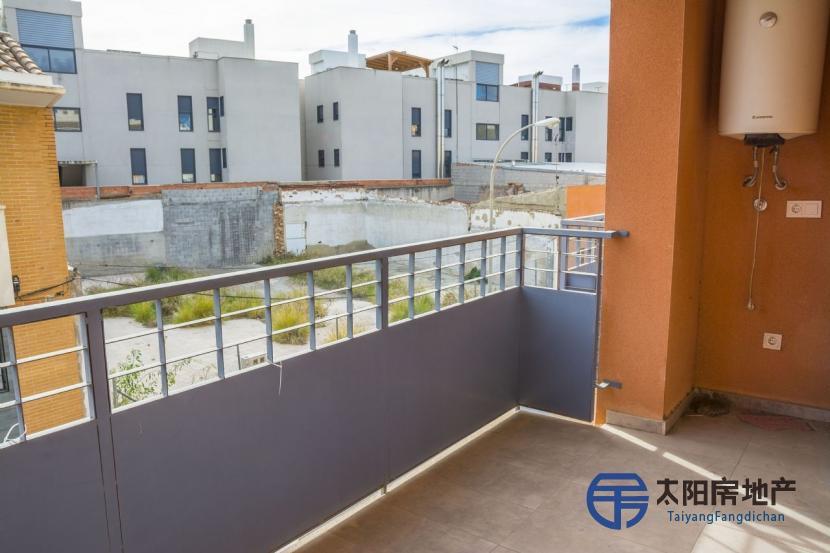 出售位于Alicante/Alacant (阿里坎特省)市中心的单身公寓