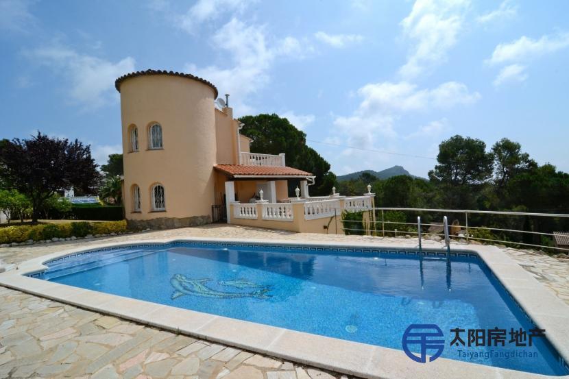 出售位于Estartit, L´ (赫罗纳省)的独立房子