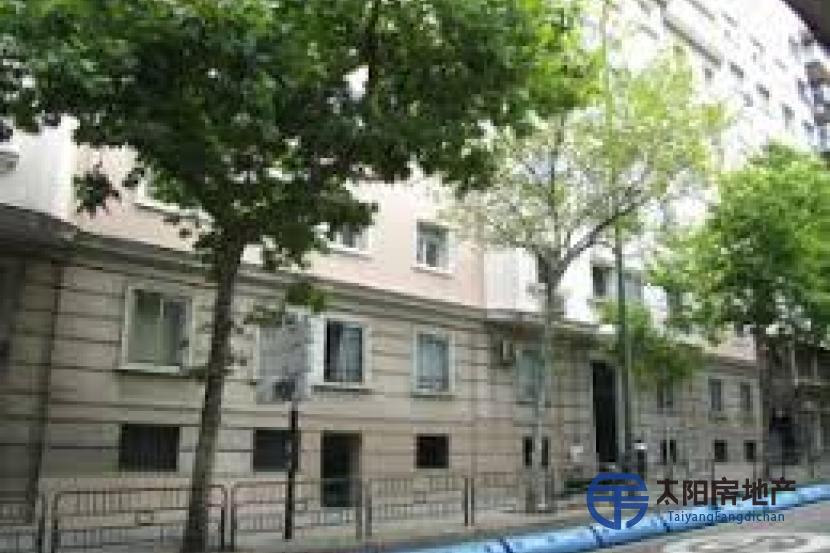 出售位于Madrid (马德里省)的公寓, 距离市中心只有10公里