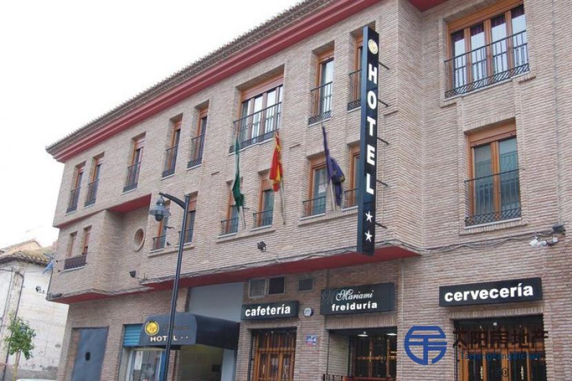 寻找投资者位于Durcal (格林纳达省)市中心的酒店