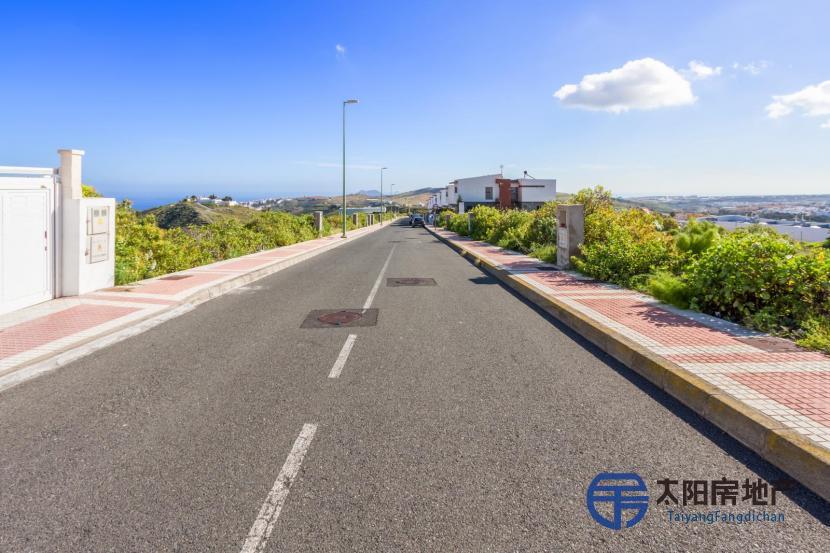 出售住宅区土地,位于MONTESOL LAS MESAS城市建设区