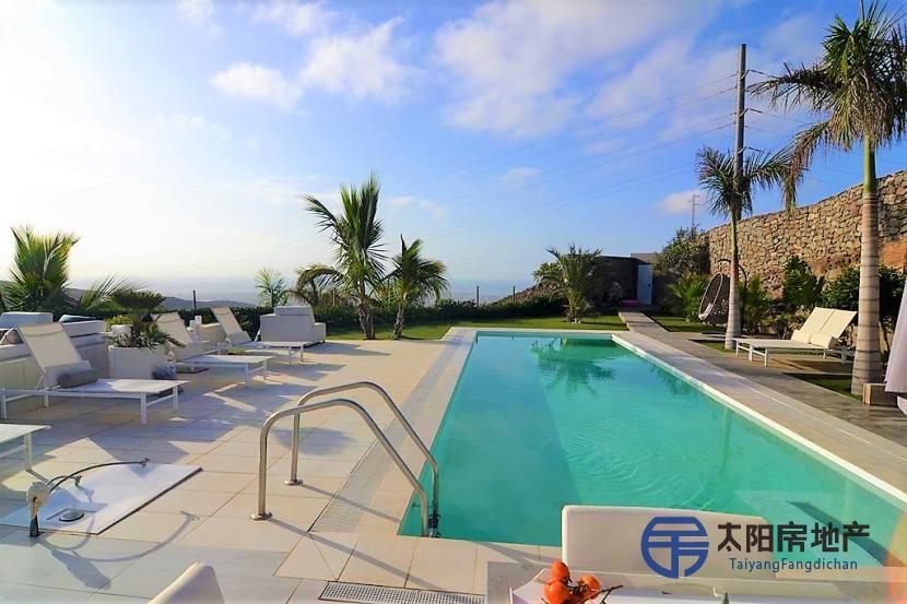 出售位于Monte Leon (Urbanizacion) (加那利岛拉斯帕尔马省)市外的郊外别墅