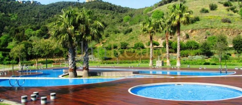位于Torre Vilana独特住宅区(巴塞罗那)的豪华公寓出售。
