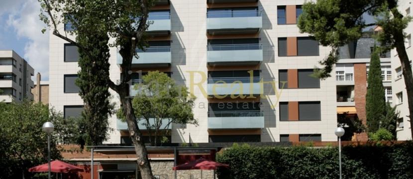 位于巴塞罗那的豪华全新住宅。