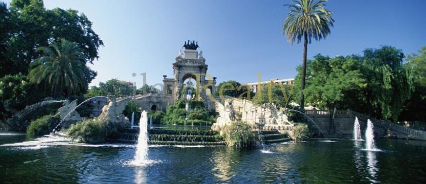 位于巴塞罗那的最好地区(El Born)的豪华住宅