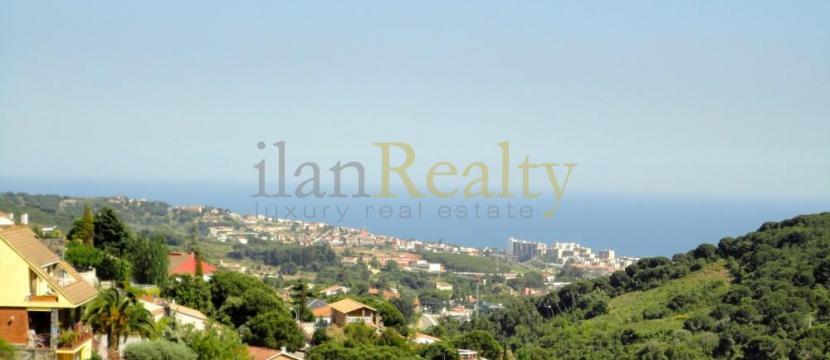 位于巴塞罗那的Alella的极好别墅出售