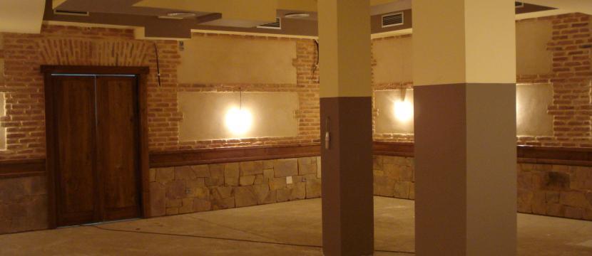 ¡¡GRAN OPORTUNIDAD!!  SE VENDE LOCAL NUEVO ACONDICIONADO PARA RESTAURANTE-CAFETERIA  EN EL CASCO HISTORICO DE PONFERRADA