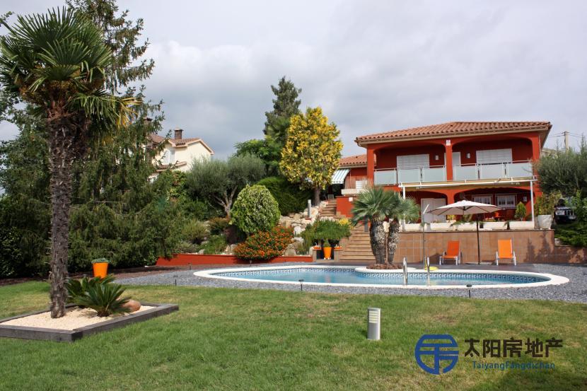 出售位于La Garriga (巴塞罗那省)的别墅